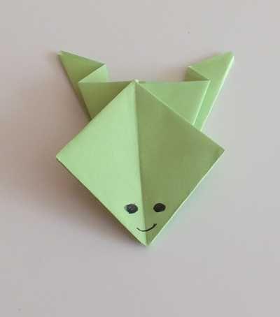 Frosch aus Papier gefaltet