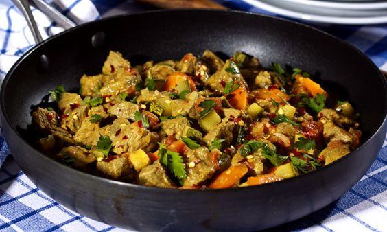 Receita de Picadinho de frigideira de coxão duro e legumes - Carne - Dificuldade: Fácil - Calorias: 242