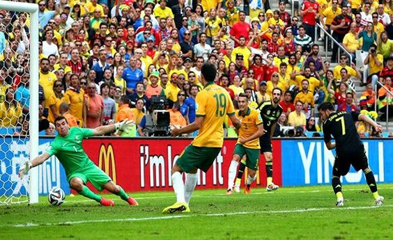 Gol de David Villa España vs Australia #Brasil2014