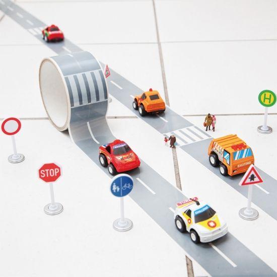 Fun Road Tape & Race Car Set