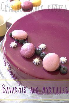 Ce genre de dessert est très facile surtout pour le montage des différentes couches. Un peu d'organisation sera nécessaire et prévoyez bien tous vos ingrédients à l'avance ainsi vous irez bien plus vite dans les étapes. Pour couler le glaçage miroir,...