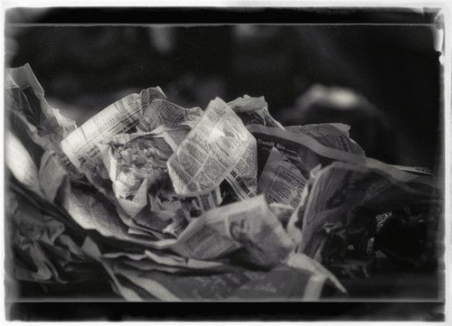 A.Bolzer, künstlerische Fotografie, Zeitung, Stilllebe, 21x29cm, s, semiglossy