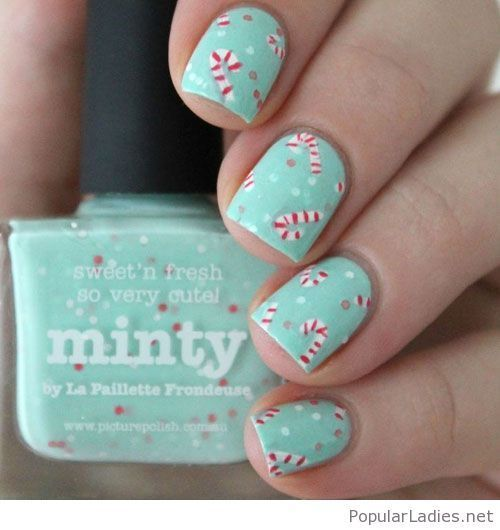Amazing Christmas Manicure With Mint Nail Polish Cute Christmas Nails Mint Nails Festival Nails