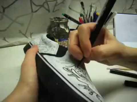 Como pintar zapatos o zapatillas