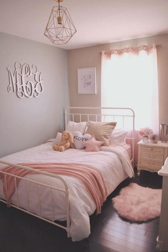 27 Girls Room Decor Ideas To Change The Feel Of The Room Enthusiasthome Cute Bedroom Ideas Small Room Bedroom Pink Bedroom For Girls