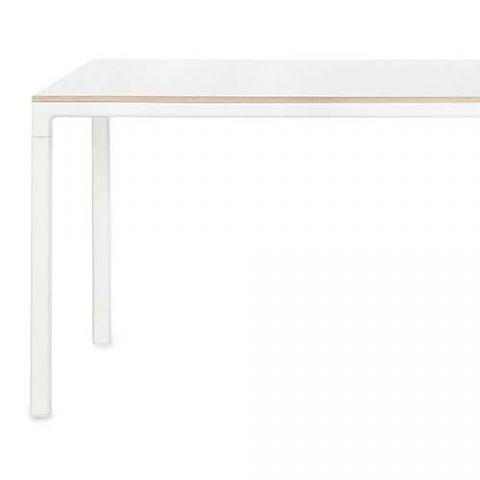 Kök köksbord hay : DESIGNDELICATESSEN - HAY - T12 80x80cm -bord | Snart skal jeg bo ...