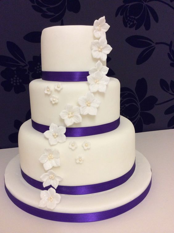 3 tier vanilla sponge wedding cake recipe butter wedding and blossoms on 10272