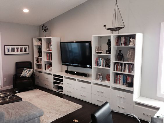 Ikea besta wall unit chan house pinterest gray wall for Besta tv unit ikea