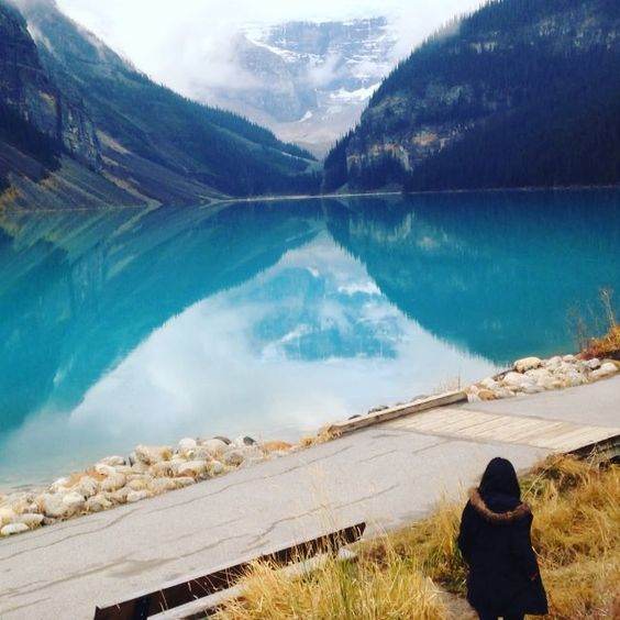 I fell for Lake Louise. Almost literally. ❤️
