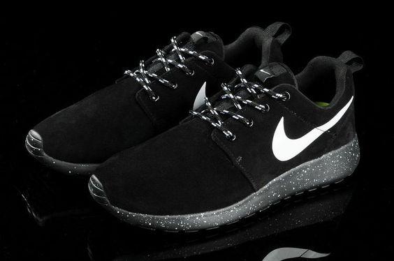 Nike Roshe Run Mens All Black Mesh Shoes