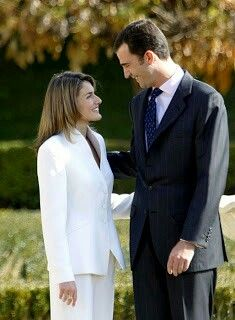 ROYAL ENGAGEMENT  Infante Felipe of Spain, Prince of Asturias & Letizia Ortiz Rocasolano   {2003}