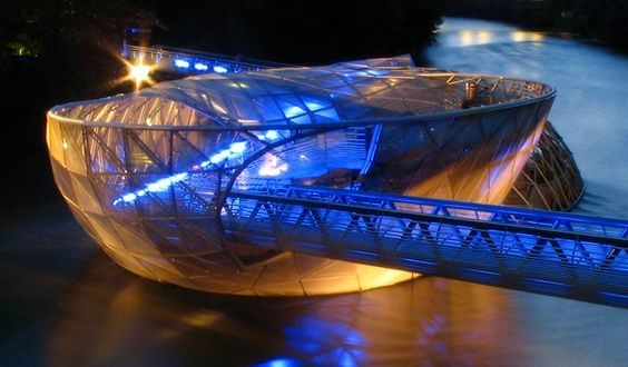 The Murinsel (German, literally Mur island) in Graz, Austria, is actually not an island at all, but an artificial floating platform in the middle of the Mur river. This landmark of Graz was designed by New York artist Vito Acconci