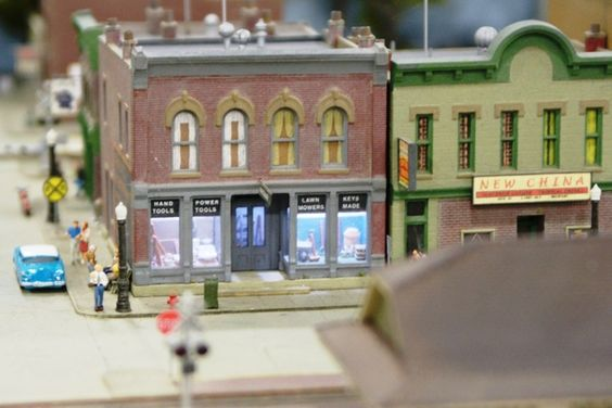 Adding an interior to a model grocery store ho scale - Printable ho scale building interiors ...