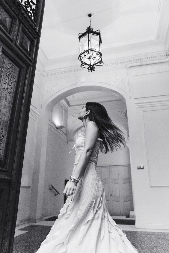 Salvatore_Ferragamo-Edgardo_Osorio_for_Ferragamo_Shoes_Collection-Nude_Dress-Dot_Sandals-Outfit-Collage_Vintage-13