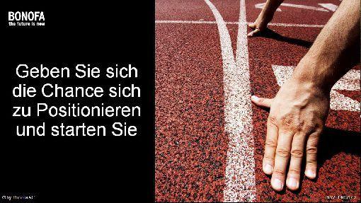 Der BONOFA Marketing Plan. BONO erklärt auf einem Blatt Papier, wie er funktioniert. http://elkescheidhauer.videopage7.com/posts/1042