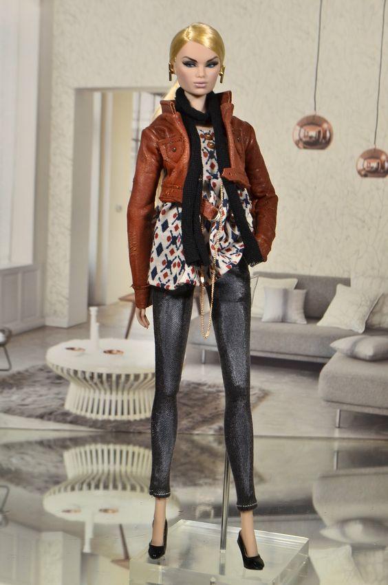 https://flic.kr/p/2fJ5pKb | Karolin Alta Moda Fashion Royalty