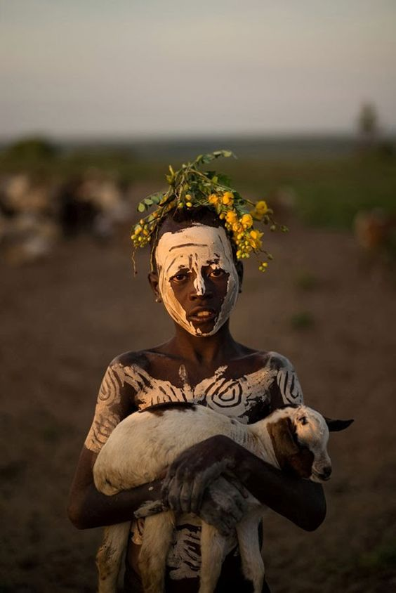 Vicente Pamparo: A member of Ethiopia's Karo tribe