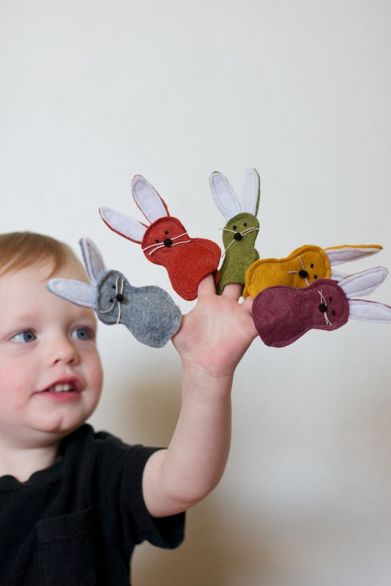 Tiny bunny Finger puppets. Very fun for the kiddos. Pre school, Sunday School, Gifts, Easter, Spring: