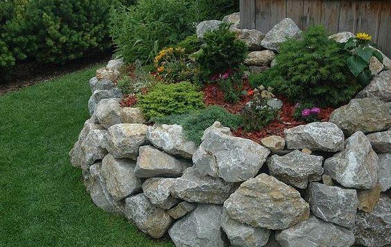 Die besten 25+ Natursteinmauer bauen Ideen auf Pinterest - steinmauer garten kosten