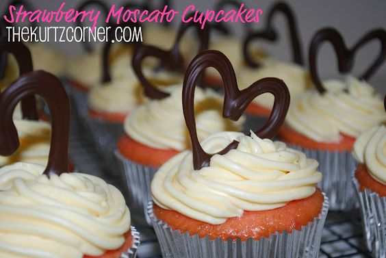 Strawberry Moscato Cupcakes- two of my favorite things - Moscato wine and Strawberries. YUMMY!!!