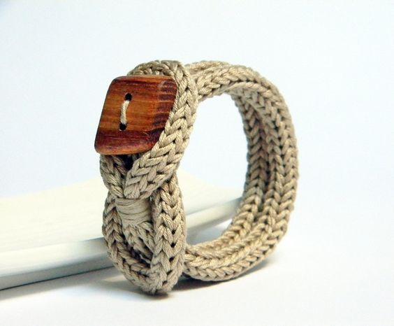 Knot bracelet, beige ecru cotton yarn bracelet. Square wood button, knitted jewelry. Knit bracelet.. €18,00, via Etsy.