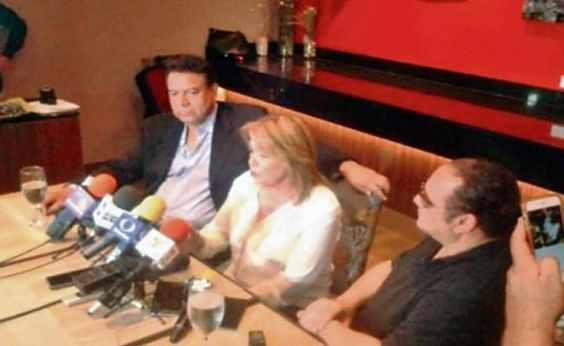 Hijo denuncia robo en casa de Juan Gabriel: desapareció carta de Urquidi en la…
