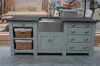 Bildergebnis Für Freistehende Landhaus Küche Freestanding Kitchen Free Standing Kitchen Sink Freestanding Kitchen Furniture
