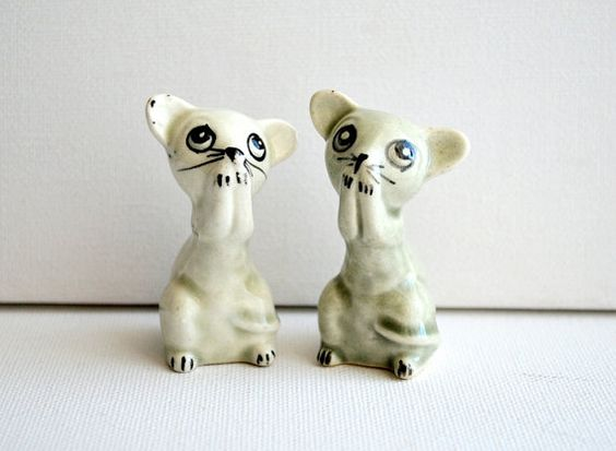 Vintage China Scared Mice Figurines Standing by honeyandsea