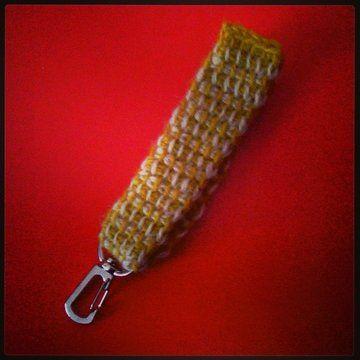 Schlüsselanhänger aus Wolle vom Coburger Fuchsschaf.