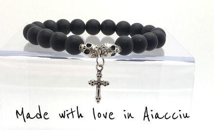 COLLECTION BLACK IS BLACK  bracelet très mode en AGATE semi- mate avec 2 crânes en rhodium  argent et une croix   Les perles sont de belle taille: 10 mm et de QUALITĖ SUPÉRIE - 18900323