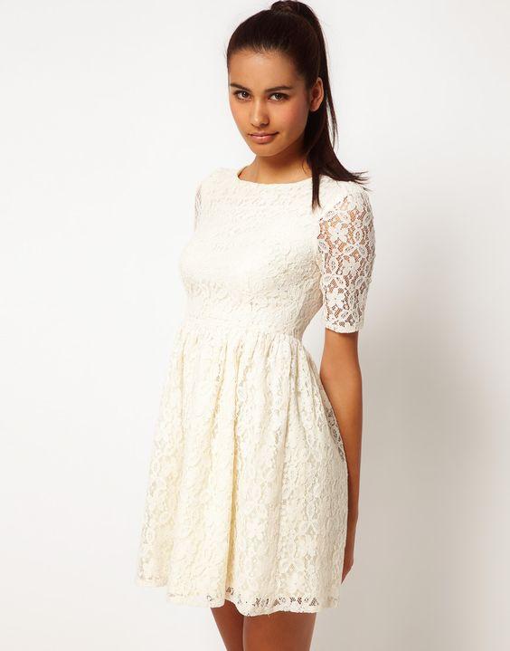 Ahhh :) Gotta love lace!