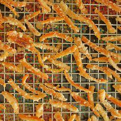 Casquinhas de laranja cristalizadas