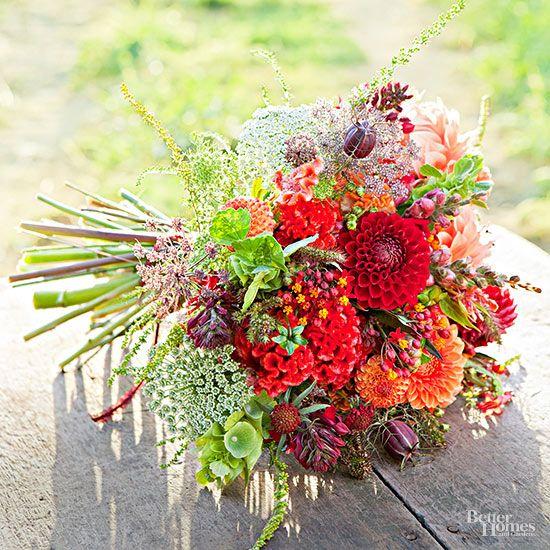 Best Red Wedding Bouquets : Editors picks best bouquets