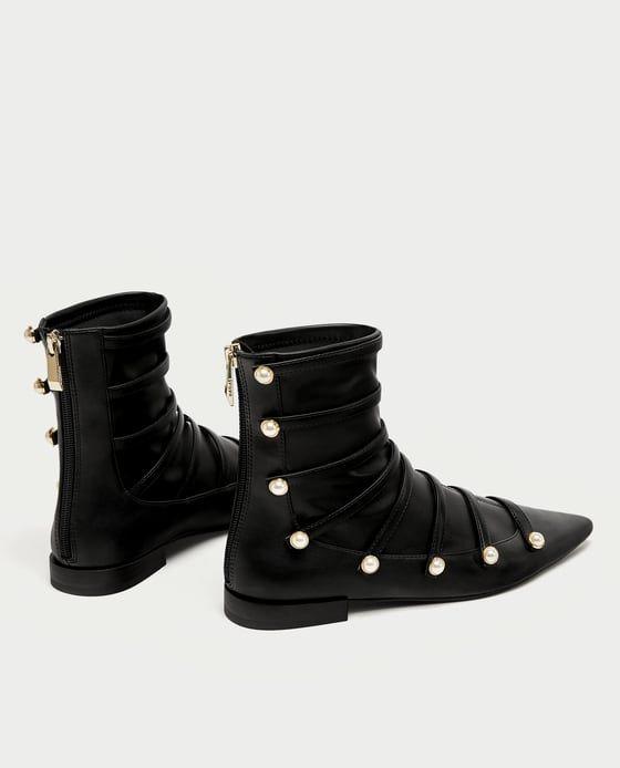 Zdjecie 3 Botki Na Plaskiej Podeszwie Ze Sztucznymi Perlami Z Zara Boots Ankle Boots Flat Boot Shoes Women