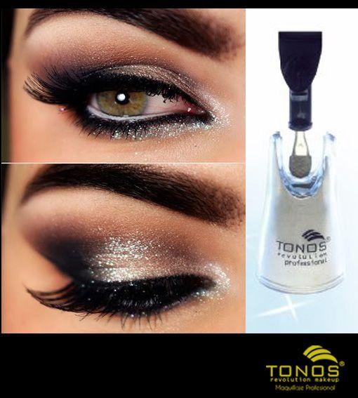 Conoces nuestras sombras sueltas de origen minera, gracias a su textura extra ligera de rápida y prolongada fijación son el toque perfecto en cualquier maquillaje. Úsalas y prepárate para robarte todas las miradas con Tonos Revolution Maquillaje Profesional.