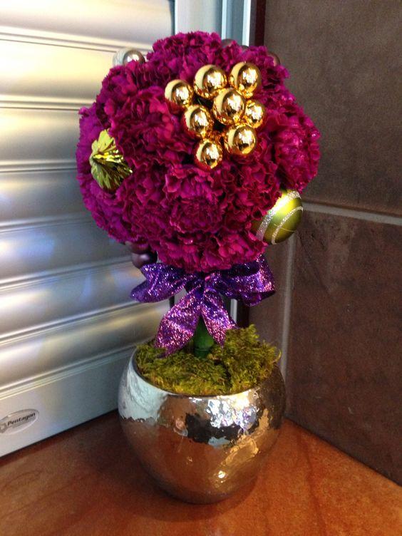 Fuchsia carnation topiary
