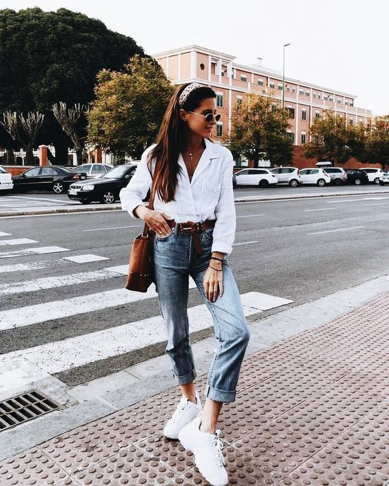pinterest: cperrinoo ✰ ☾ | Casual weekend outfit, Blue mom jeans ...