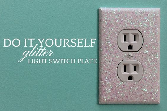 Glitter Light Switch Plates and Outlet Covers. Are you looking for ways to add a little sparkle to any room? Check out this easy tutorial using glitter and modpodge. #crafts #diy