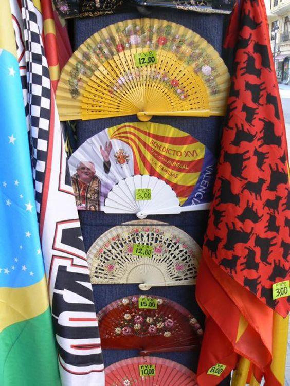 Top Ten Souvenirs from Spain: 7) Spanish Fan