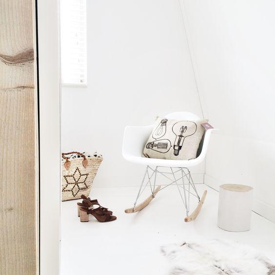 Wit, witter, witste witte schommelstoel - bekijk en koop de producten van dit beeld op shopinstijl.nl