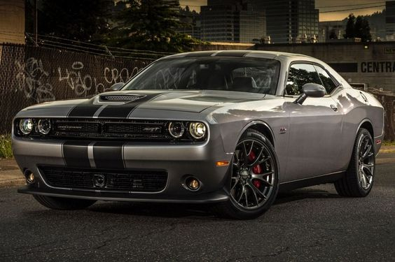 This dodge challenger hellcat 2016 will accompany your journey comfortably.