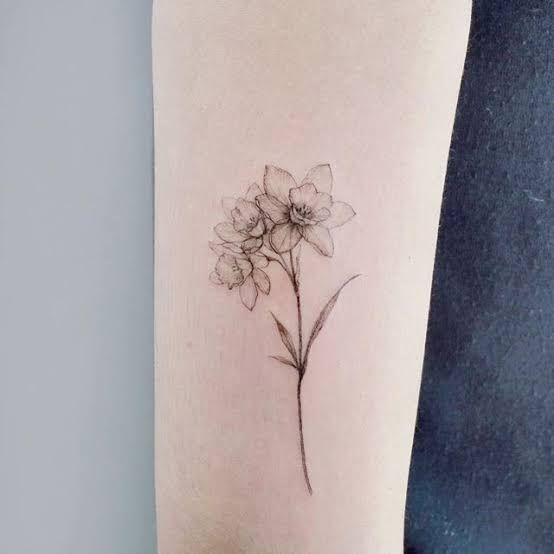 Pin By Liz On Tat In 2020 Birth Flower Tattoos Daffodil Flower Tattoos Flower Tattoos