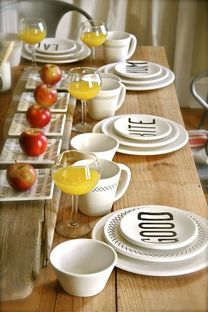 beautiful yet simple table set-up.: Apple Table Setting, Beautiful Table, Dining Table, Brunch Table Setting, Breakfast Table Setting, Wood Table, Beautiful Simple