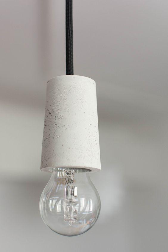 diy selbstgemachte lampe aus beton diy pinterest lampen krieg und. Black Bedroom Furniture Sets. Home Design Ideas