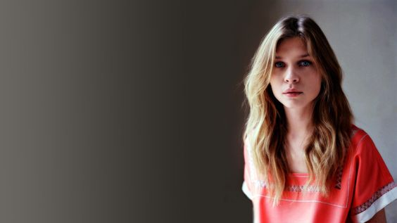 women actress celebrity Clemence Poesy
