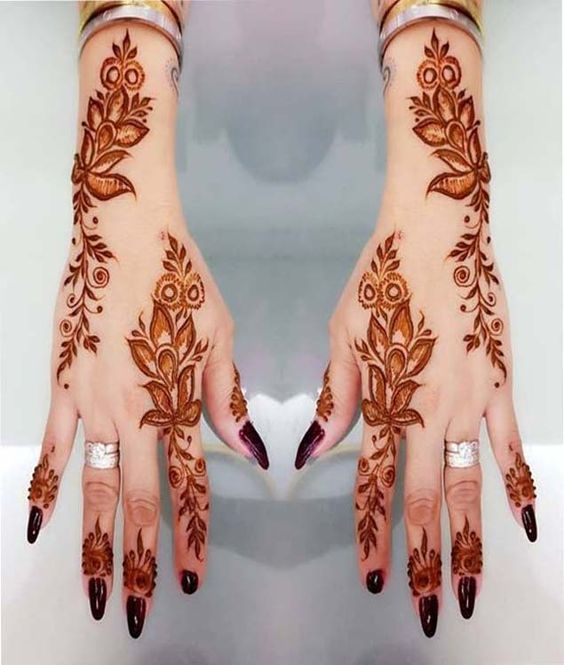 Beautiful Back Hand Henna Designs