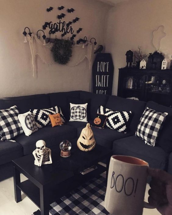 75 Buffalo Plaid Fall Decorations To Make This Chilly Season Cozy Colorful Hike N Dip Halloween Living Room Halloween Home Decor Halloween Bedroom