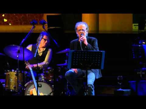 Rosas En El Mar Luis Eduardo Aute Youtube Luis Concierto Canciones