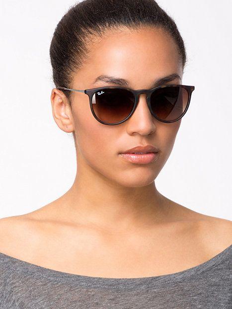 De Ray-Ban Erika is een van de 10 populairste zonnebrillen van #Ray-Ban! Bekijk hier de 10 populairste Ray-Ban zonnebrillen: http://goo.gl/Jecx7y