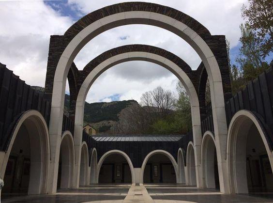 Santuario Mare de Déu de Meritxell, Andorra. Más en diariodeabordoblog.com